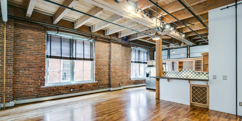 1450 Wynkoop 2G Denver CO-large-006-42-Living Room2-1500x1000-72dpi