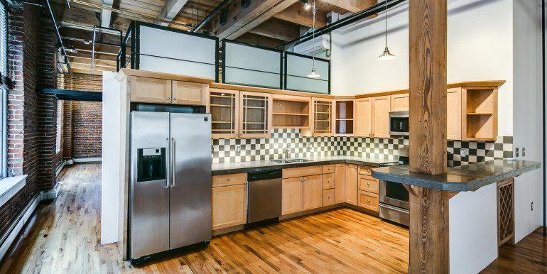 1450 Wynkoop 2G Denver CO-large-009-49-Kitchen1-1500x1000-72dpi