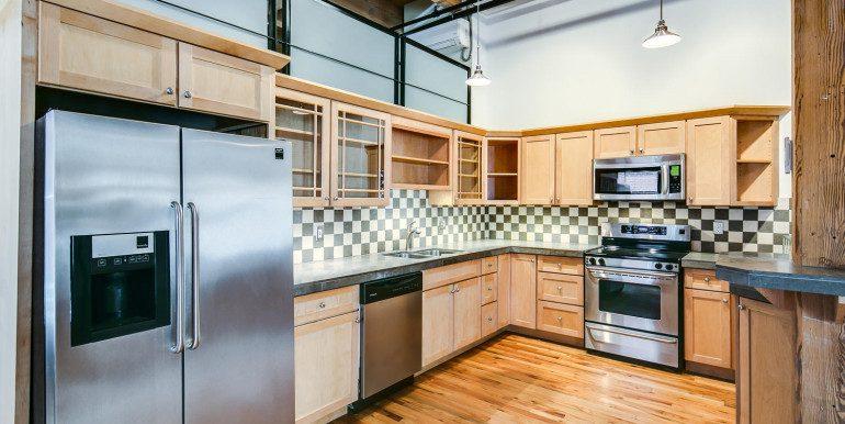 1450 Wynkoop 2G Denver CO-large-010-36-Kitchen2-1500x1000-72dpi