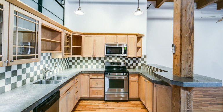 1450 Wynkoop 2G Denver CO-large-011-40-Kitchen3-1500x1000-72dpi