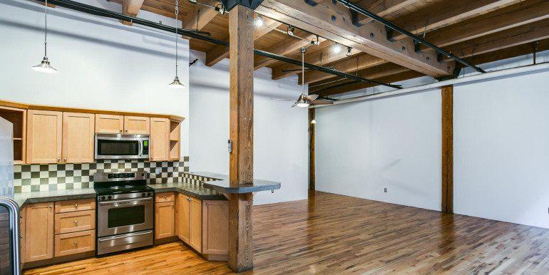 1450 Wynkoop 2G Denver CO-large-012-34-Kitchen4-1500x1000-72dpi
