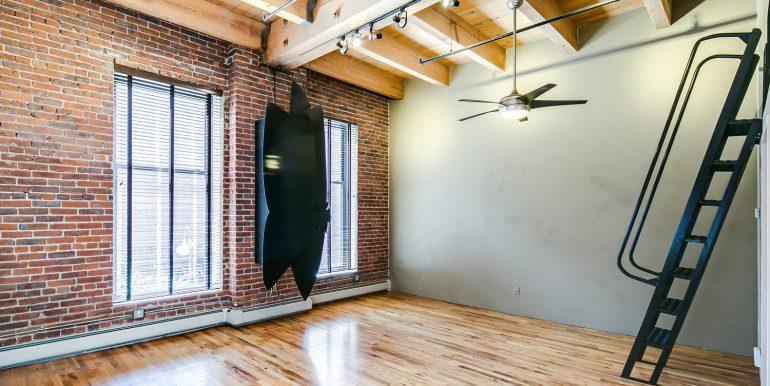 1450 Wynkoop 2G Denver CO-large-014-38-Bedroom2-1500x1000-72dpi