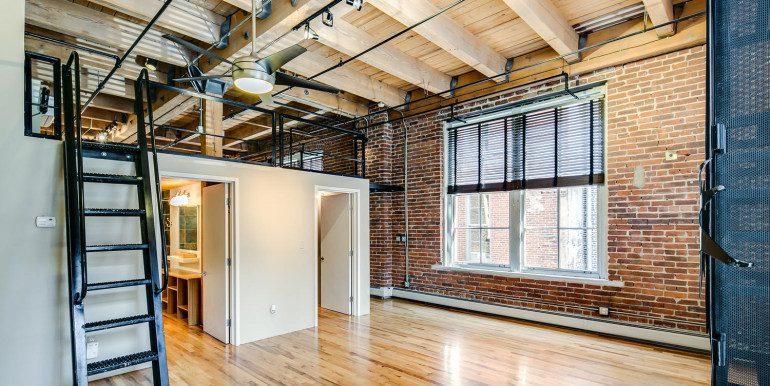 1450 Wynkoop 2G Denver CO-large-015-43-Bedroom3-1500x1000-72dpi