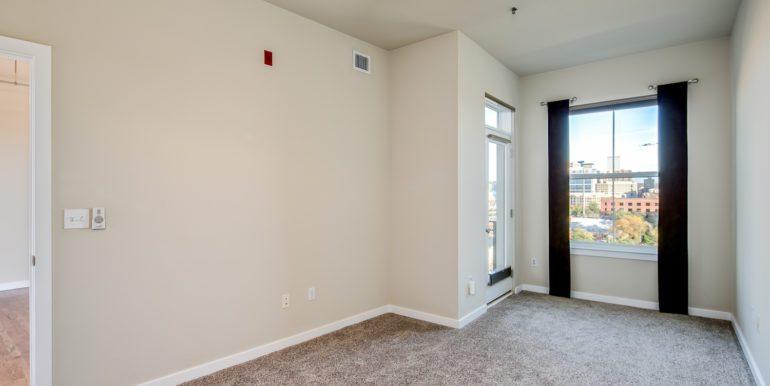 22_Master Suite-Bedroom-2