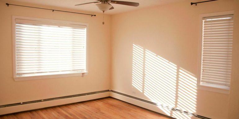 155 Jackson 11 Bedroom 1