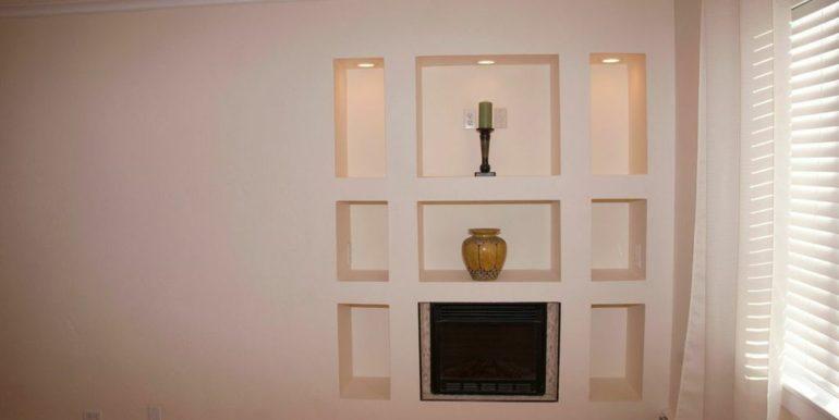 155 Jackson 11 Fireplace