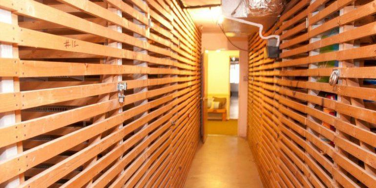 155 Jackson 11 Resident Storage