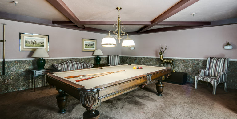 20_Building-Common Areas-Billiard Room-1