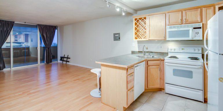 10_Kitchen-7