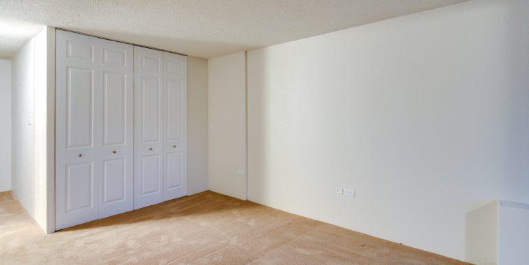19_Master Suite-Bedroom-2