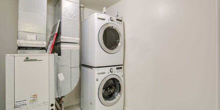 25_Laundry Room-1