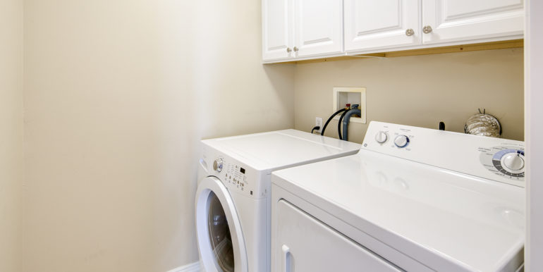 26_Laundry Room-1