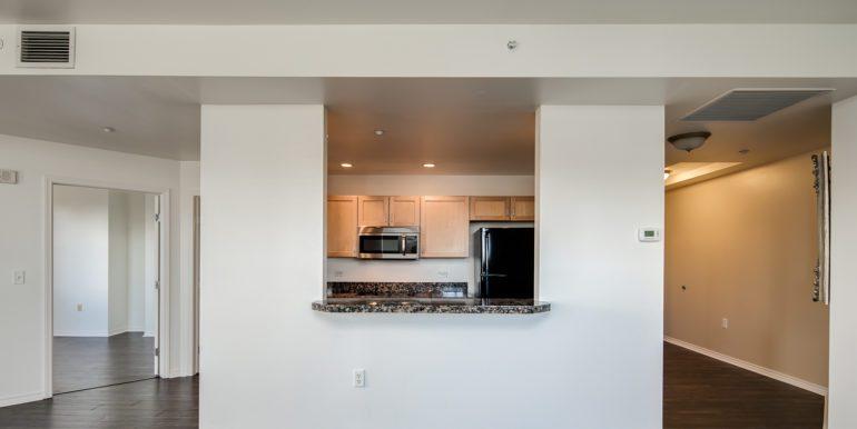 8_Kitchen-1