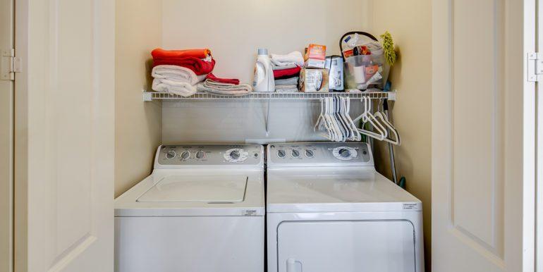 20_Laundry Room-1
