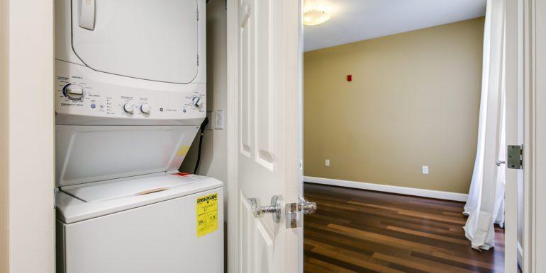 28_Laundry Room-1