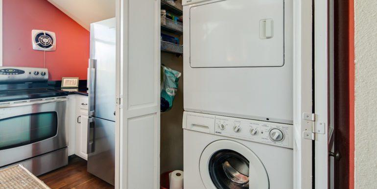 14_Laundry Room-1