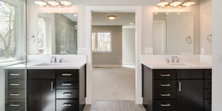 19_Second Level-Master Suite-Bathroom-2