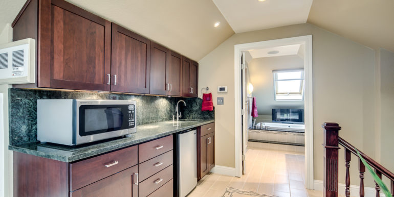 30_Upper Level-Master Suite-Kitchenette-1