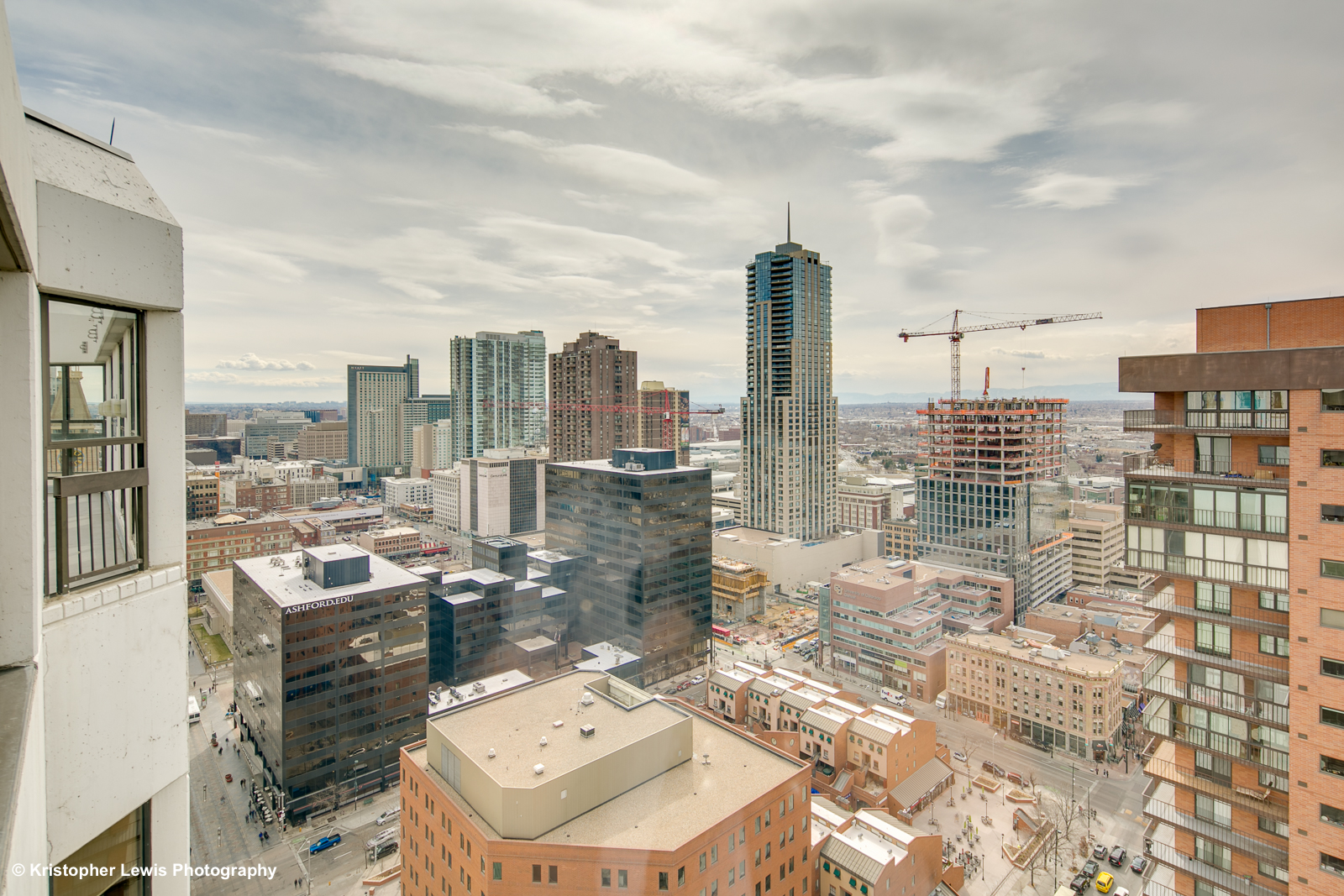 The Barclay Tower - Downtown | Denver Apartments Boutique