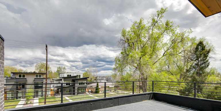 31_Upper Level-Rooftop Deck-1