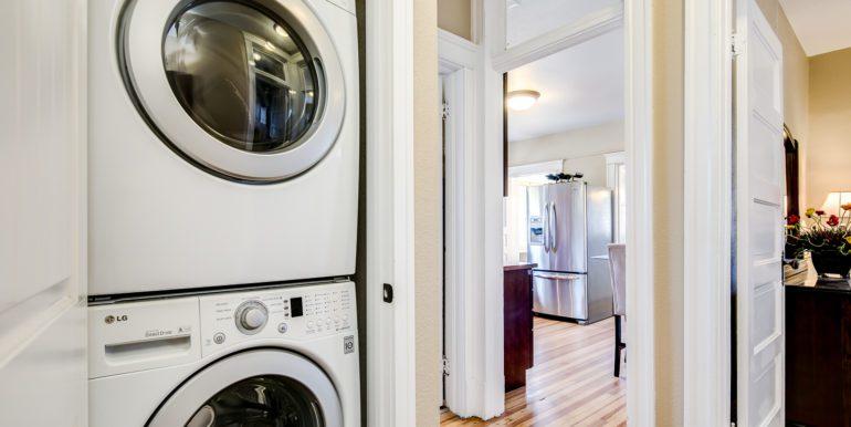 37_Laundry Room-1
