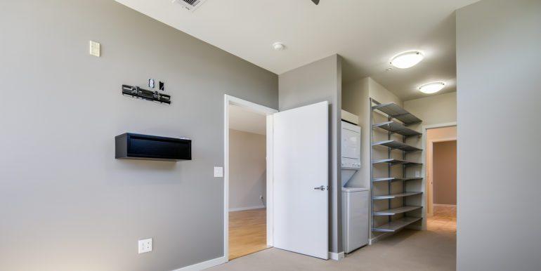 12_Master Suite-Bedroom-2