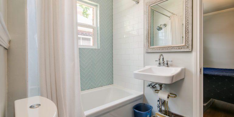 13_Bathroom One-1