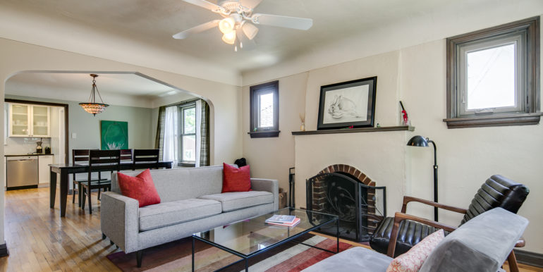 6_Living Room-4