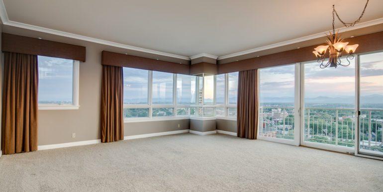 10_Living Room-5
