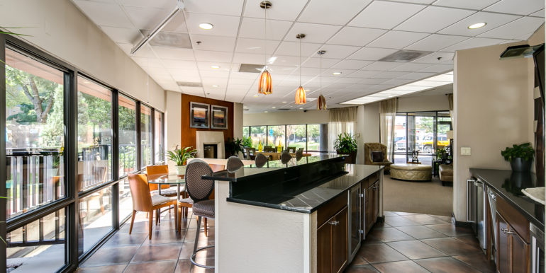 21_Building-Clubhouse-1