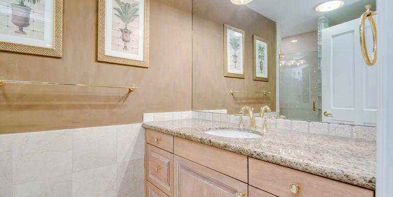 37_Bathroom Two-1