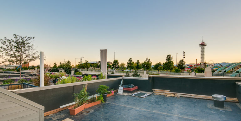 38_Forth Level-Rooftop Deck-3