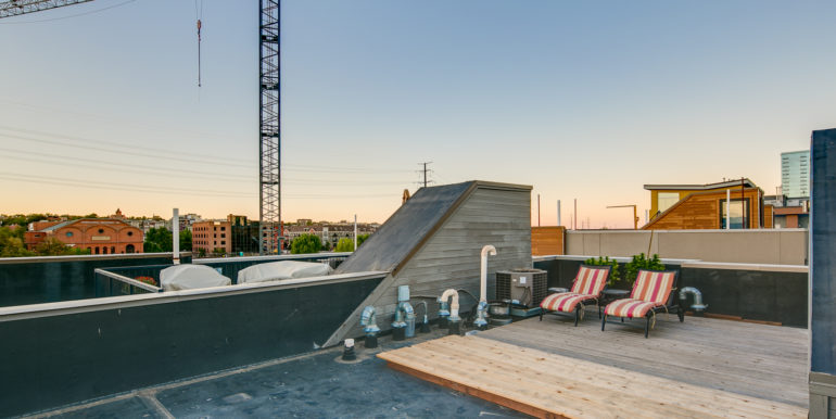 39_Forth Level-Rooftop Deck-4
