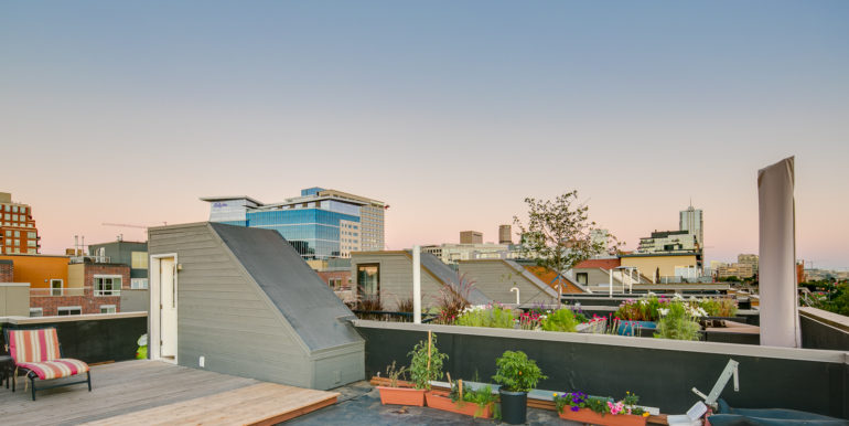 41_Forth Level-Rooftop Deck-9