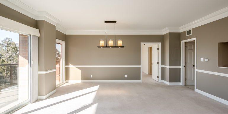 10_Living Room-4