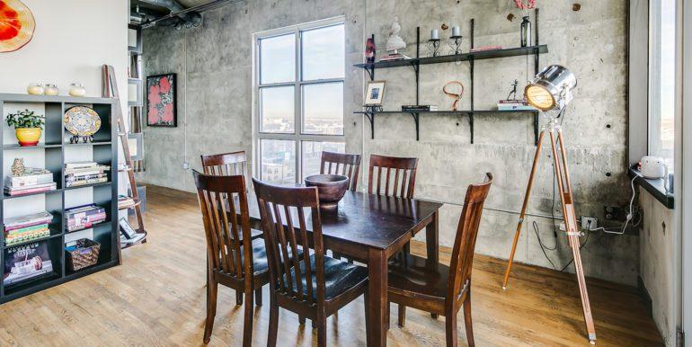 16_Dining Room-1
