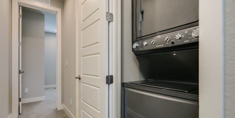 26_Third Level-Laundry Room-1
