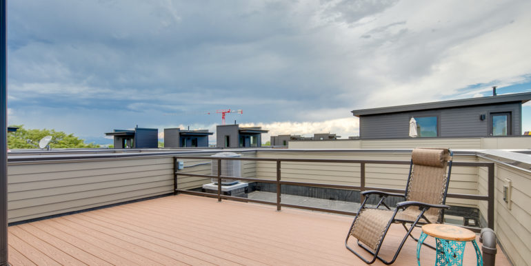 31_Forth Level-Rooftop Deck-5