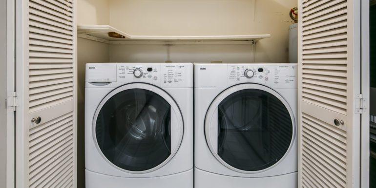 35_Laundry Room-1