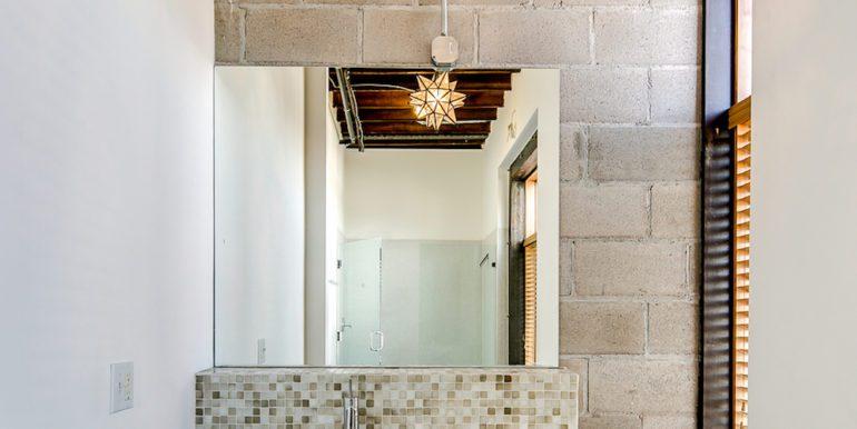 19_Second Level-Bathroom-2