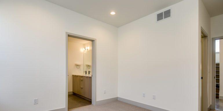 19_Third Level-Master Suite-Bedroom-3