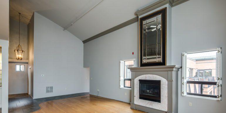 1_Living Room-5