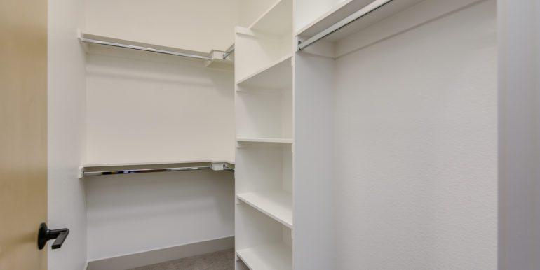 22_Third Level-Master Suite-Walk In Closet-1