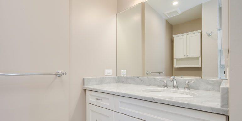 27_Master Suite-Bathroom-5