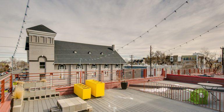 5_Rooftop Deck-3