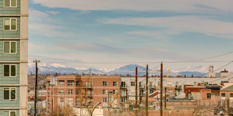 6_Rooftop Deck-Views-1