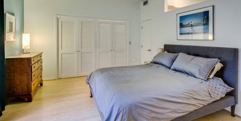 21_Bedroom-4