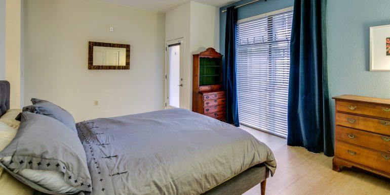 24_Bedroom-3
