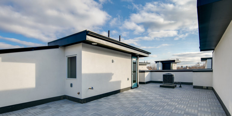 28_Forth Level-Rooftop Deck-2