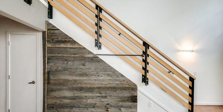 19_Staircase-Storage-2